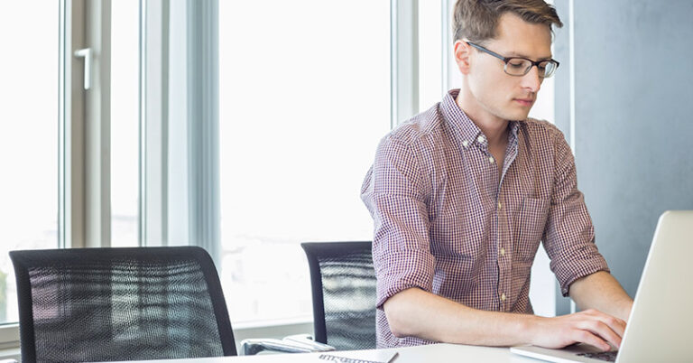 How to Start a Freelance Marketing Side Hustle