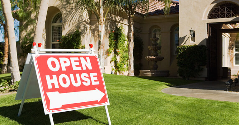 Who Pays Closing Costs? Buyer or Seller?